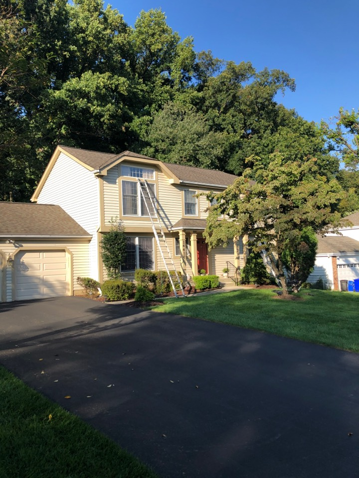 North Potomac, MD - Exterior painting, powerwashing and rotten wood replacement in Gaithersburg, MD