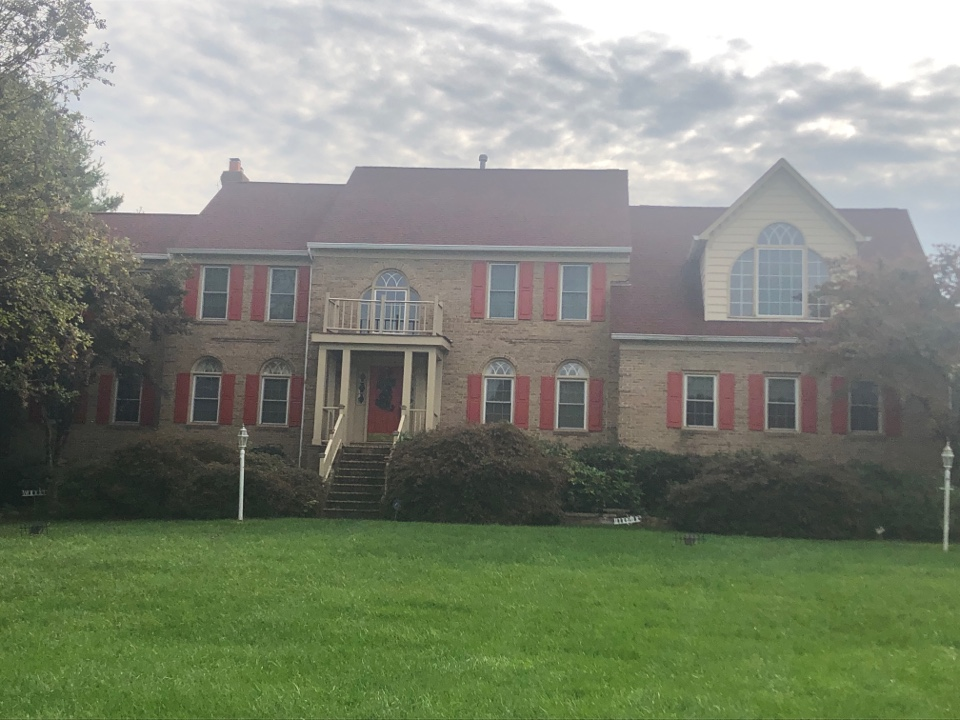 Brookeville, MD - Exterior painting of shutters in Brookeville, MD