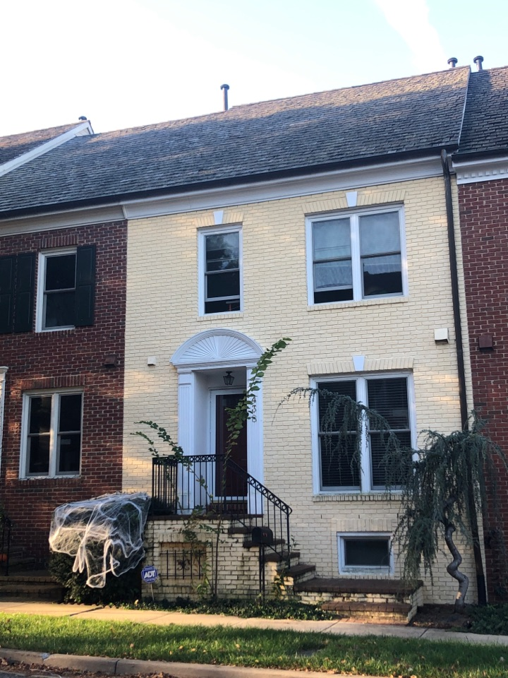 Gaithersburg, MD - Exterior painting and wood replacement in Gaithersburg, MD