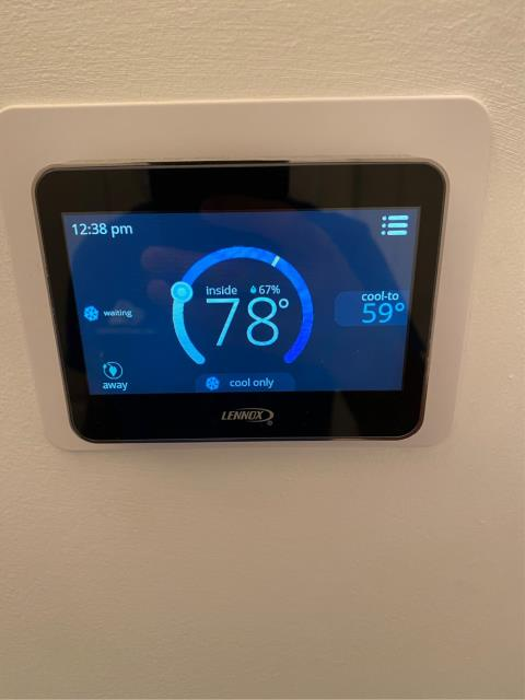 Port St. Lucie, FL - Cool thermostat hooked up tp a Lennox air-conditioner