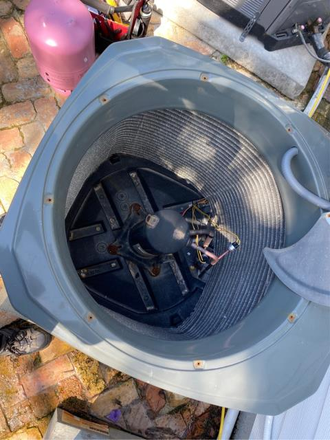 Jupiter, FL - Performed leak check and identified small leak in condenser coil.  Replaced and provided a 2 year labor and part warranty.