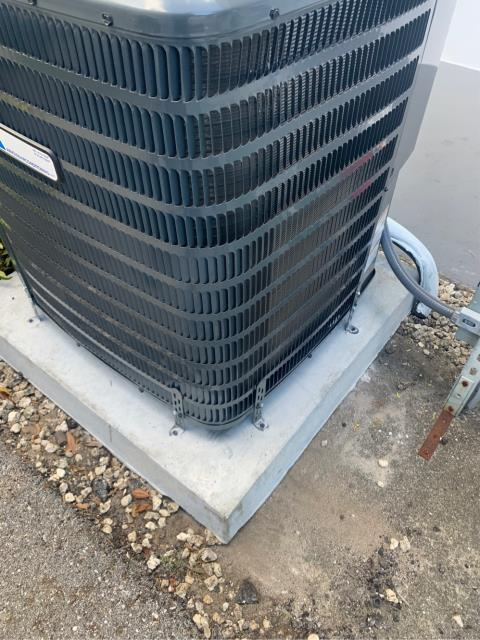 Jupiter, FL - Installation of new 14 seer (seasonal energy efficiency rating) air conditioning system.  We installed Arnold's AC Private Label manufactured by Goodman with a Nest thermostat.