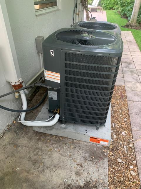 Jupiter, FL - Replaced 2.5 ton air conditioning system.  We installed a 16.0 seer, high energy efficiency, variable speed blower for enhanced humidity removal.