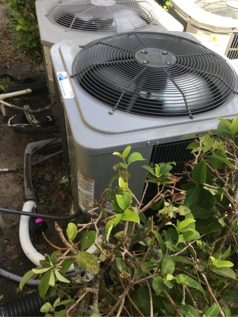 Jupiter, FL - Installed new 2.5 ton, 14 seer Tempstar by Carrier air conditioning system with 10 year parts and warranty.