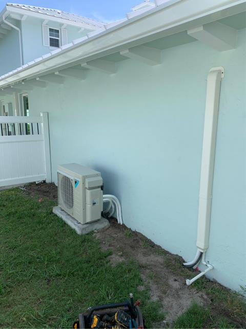Jupiter, FL - Installed residential mini split air conditioning system; (2) two zone Mini-split air-conditioning/heating systems.