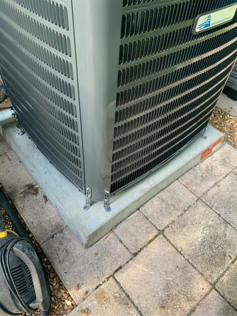 Jupiter, FL - Installed new air conditioning system; 3 ton, 16 seer, higher efficiency.