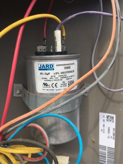 Port St. Lucie, FL - Air Conditioning system not working; replaced capacitor and thermostat.