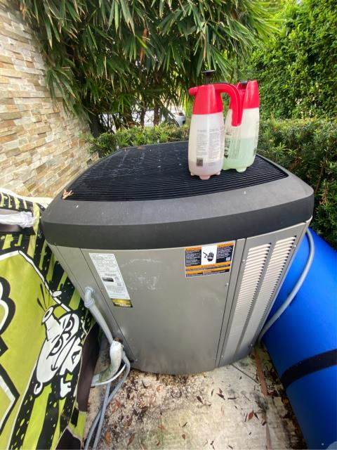 Riviera Beach, FL - Air Conditioning System maintenance on all four systems keeps ac running efficiently.