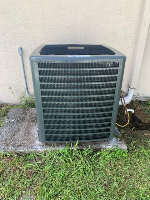 Port St. Lucie, FL - Installed new air conditioning system; 5 ton, 16 seer.