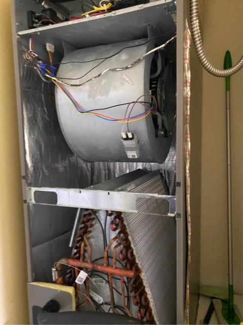 Port St. Lucie, FL - Air Conditioning system maintenance includes 23 point inspection.