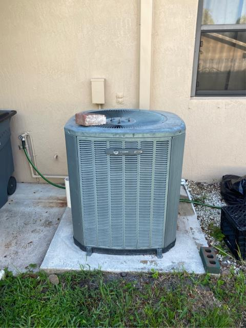 Hobe Sound, FL - Estimate to replace air conditioning system.