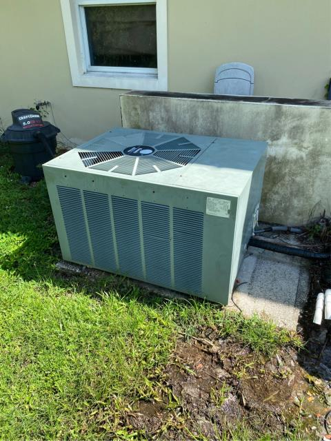 Port St. Lucie, FL - Air Conditioning system not working; provided estimate for new ac system.