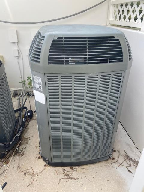 Jupiter, FL - Estimate to replace air conditioning system.