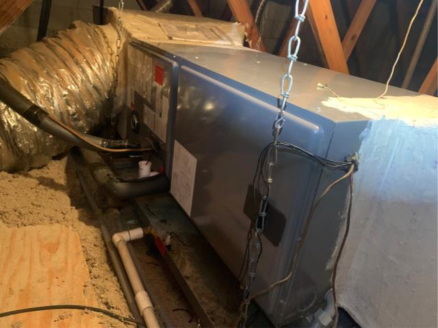 West Palm Beach, FL - Air conditioning system Tune Up on an employees neighbor and friend; includes 23 point inspection.