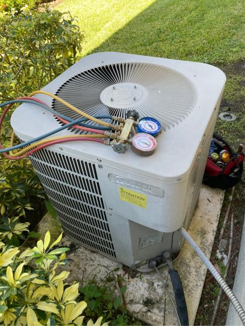 Port St. Lucie, FL - Air conditioning system not working properly; found blower motor stuck in the on position; suggested replace motor.