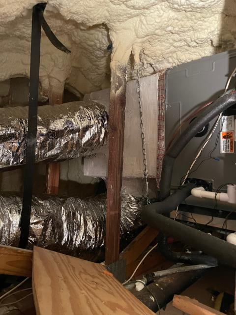 North Palm Beach, FL - Air conditioning system not running efficiently; we designed and replaced ductwork and air distribution.