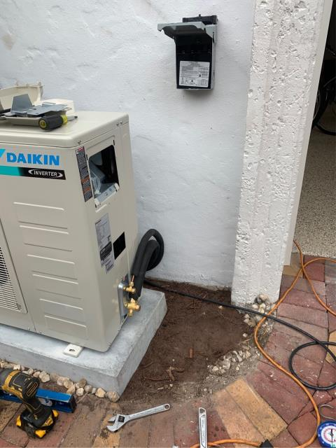 Palm Beach Gardens, FL - Mini split air conditioning system installed. This is a 2 ton, 17 seer, higher energy efficiency system.