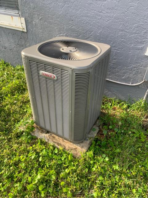 Wellington, FL - Air conditioning system routine maintenance performed twice a year.  Maintenance includes a 23 point inspection, flush drain line, clean drain pan, and clean accessible coils.