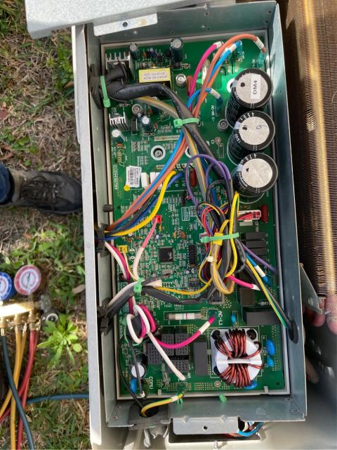 Palm Beach Gardens, FL - Mini spit air conditioner was not working; found main board in condenser failed due to a lizard shorting the board. We will order board and repair.