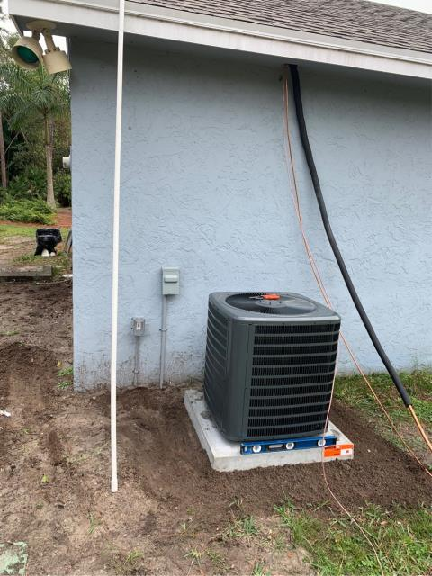 Riviera Beach, FL - Air conditioning system installation of a 1.5 ton, 16 seer, higher energy efficiency, single state compressor.  This system comes with a 10 year labor and parts warranty.