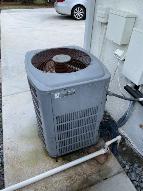Palm City, FL - Air conditioning system quote on replacing in customers budget and needs.