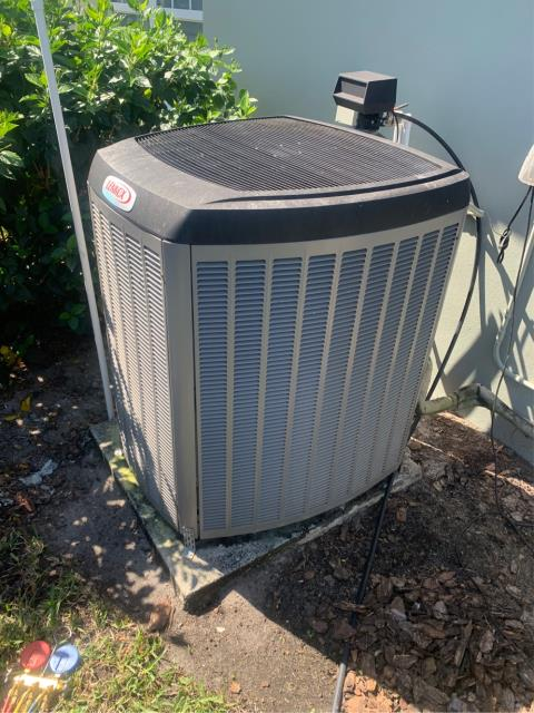 Hobe Sound, FL - Air conditioning system maintenance performed twice a year to keep your ac running efficiently.  All maintenances include a 23 point inspection.