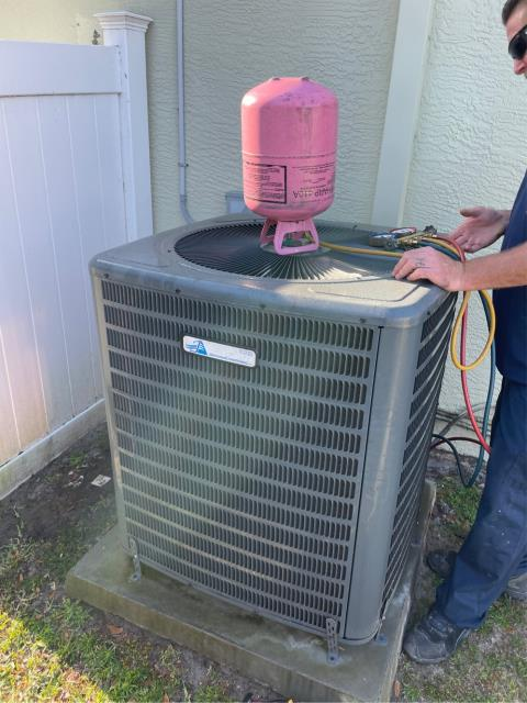 Port St. Lucie, FL - Air conditioning system service call to diagnose why system is not cooling; found bad coil and will replace.  We put in some refrigerant until the part comes in to keep customer cool.