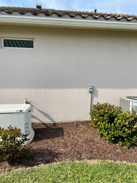 Port St. Lucie, FL - Mini slit air conditioning system free estimate provided to customer to fit his needs and budget.