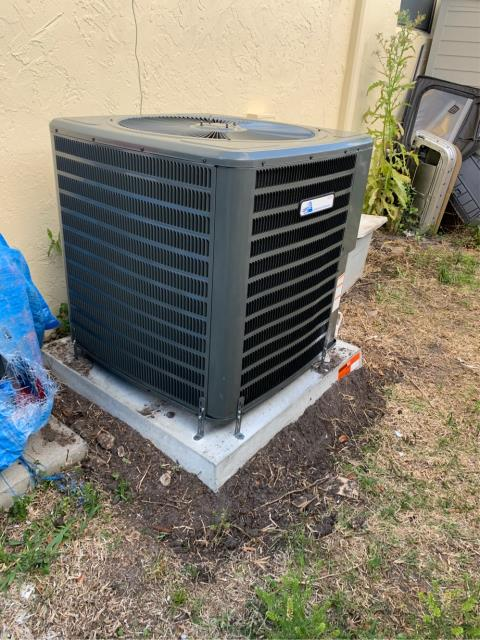 Jupiter, FL - Air conditioning system installation of a 3 ton, 16 SEER, single stage compressor and condenser fan motor.  This system comes with a 10 year parts and labor warranty.