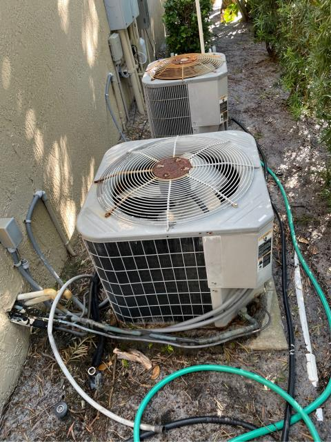 Hobe Sound, FL - Air conditioning system estimate to replace both system in customers budget and to fit her needs.