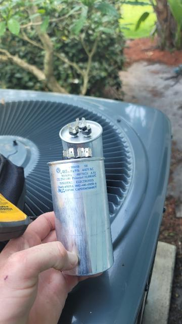 Palm City, FL - Air conditioning system not blowing cold; replaced capacitor and all operations working!