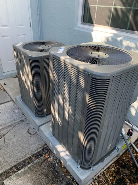 Palm Beach Gardens, FL - Air conditioning systems tune up on two systems.  All tune ups include a 23 point inspection and are highly recommended to keep your ac system running efficiently all year round.