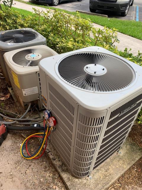 Port St. Lucie, FL - Air conditioning system preferred maintenance performed twice a year to keep your ac running efficiently all year round.