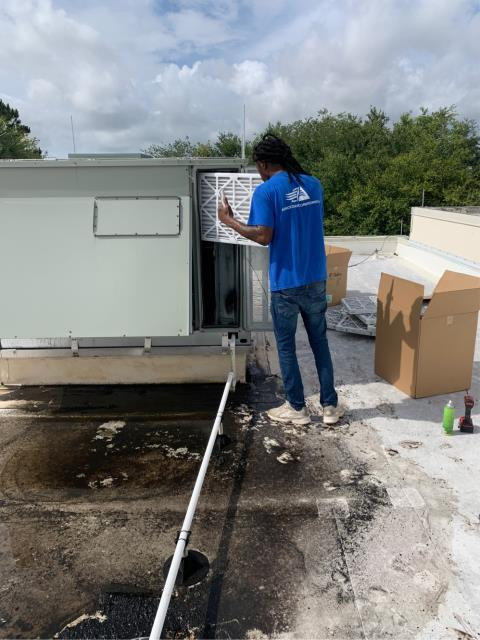 Fort Pierce, FL - Air conditioning system commercial maintenance and filter change on four systems performed quarterly to keep ac systems running efficiently all year round.