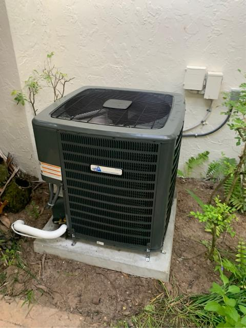 Palm Beach Gardens, FL - Air conditioning system installation of a 4 ton, 16 SEER, higher energy efficiency ac system.  This system comes with a 10 year labor warranty!