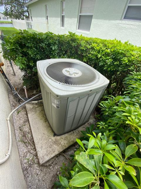 Port St. Lucie, FL - Air conditioning system estimate provided to customer to meet his needs and budget.