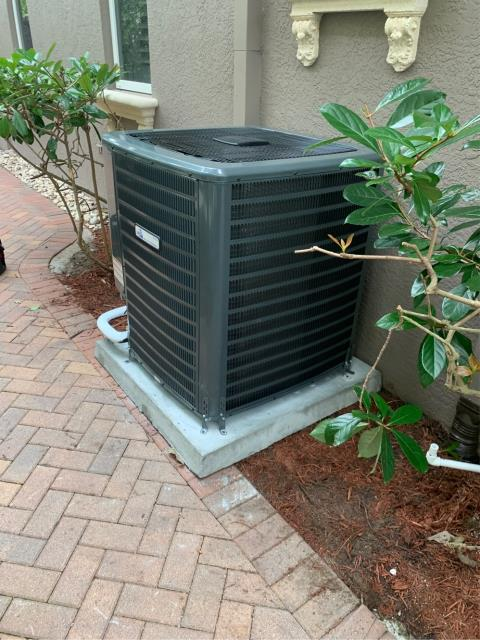 West Palm Beach, FL - Air conditioning system installation of a 3 ton, 17.5 SEER, multi speed, higher energy efficiency, two stage compressor and condenser fan motor ac system.  This system comes with a 10 year parts and labor warranty.