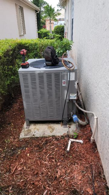Port St. Lucie, FL - Air conditioning system tune up includes a 23 point inspection and is recommended annually to keep your ac running efficiently all year round!