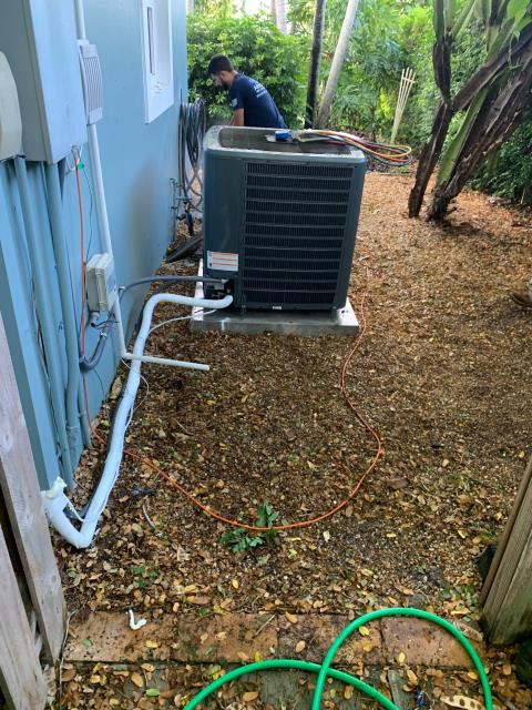 Jupiter, FL - Air conditioning system installation of a multi speed ac system for better comfort.  This system comes with a two stage compressor and two speed condenser fan motor. A 10 year labor and parts warranty is also included.