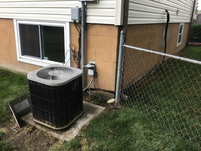 Groveport, OH - Free in home estimate for a new Carrier AC unit