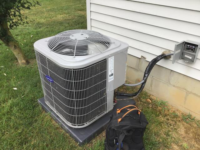 Groveport, OH - AC/HP Tune-up Checklist performed on a Carrier 13 SEER 2.5 Ton Air Conditioner.