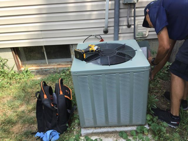 Columbus, OH - Tune up on Rheem Unit. Cleaned Evaporator Coil and Blower Assembly.