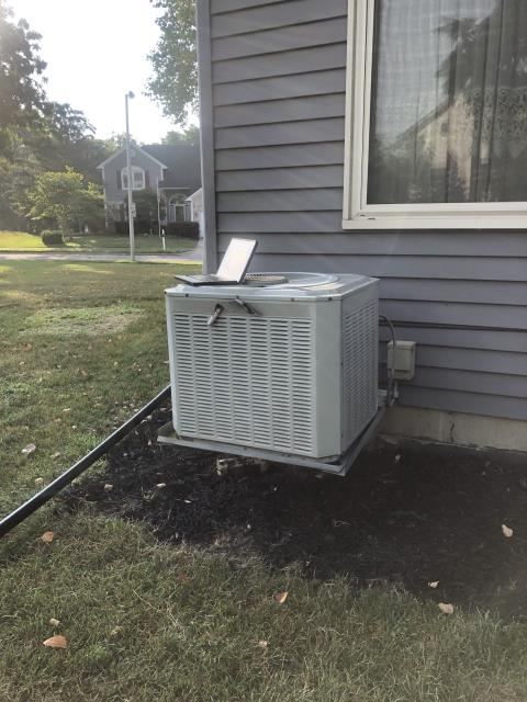 Reynoldsburg, OH - Installing New Carrier 13 SEER 3 Ton Air Conditioner To Replace Existing Trane AC System
