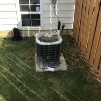 New Albany, OH - Diagnostic Service Call on 2002 Bryant AC unit. Found failed condenser motor, customer opted to replace unit.