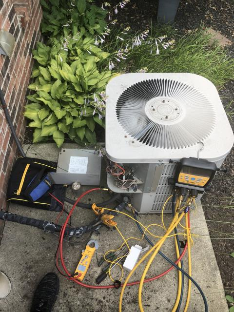 Gahanna, OH - I replaced the Compressor-Motor Surge Capacitor and added 1 pound of  Refrigerant R-22 Freon into a 2009 Goodman
