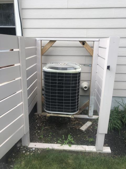 Powell, OH - found a 2004 Bryant system low at least 3# freon, customer decided to replace ac and coil. going in Tuesday afternoon