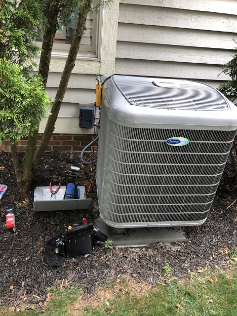 Dublin, OH - Upon arrival found condenser not operational. Tested dual capacitor and had zero readings on both sides. I replaced the Compressor-Motor Surge Capacitor on a Carrier Heat Pump