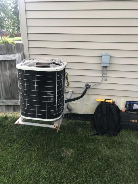 Reynoldsburg, OH - Customer states breaker trips when running the 2002 Bryant AC. During start up, compressor is pulling enough Amps to kick breaker . Customer wants to try hard start kit in hopes to make it through this summer at least