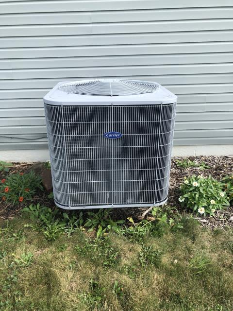 Alexandria, OH - Performing our Five Star Tune-Up & Safety Check on a 2007 Carrier Heat Pump . All readings were within manufacturer's specifications, unit operating properly at this time.