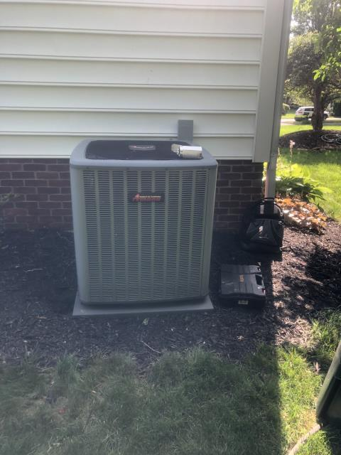 New Albany, OH - Replaced extremely dirty filter with customers own. I Found the 2011  Amana outdoor system with a Bad capacitor